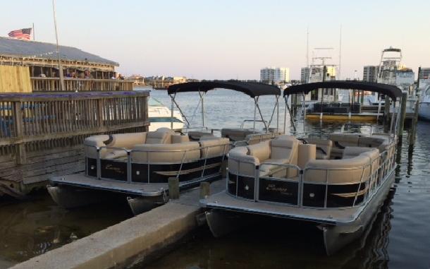 Destin Water Fun - Pontoon Boat Rentals at the Dock